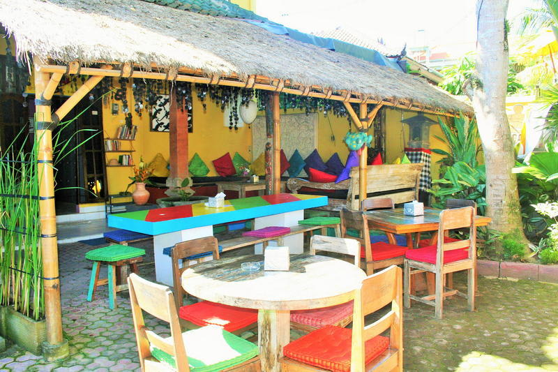 HOSTEL - The Happy Mango Tree