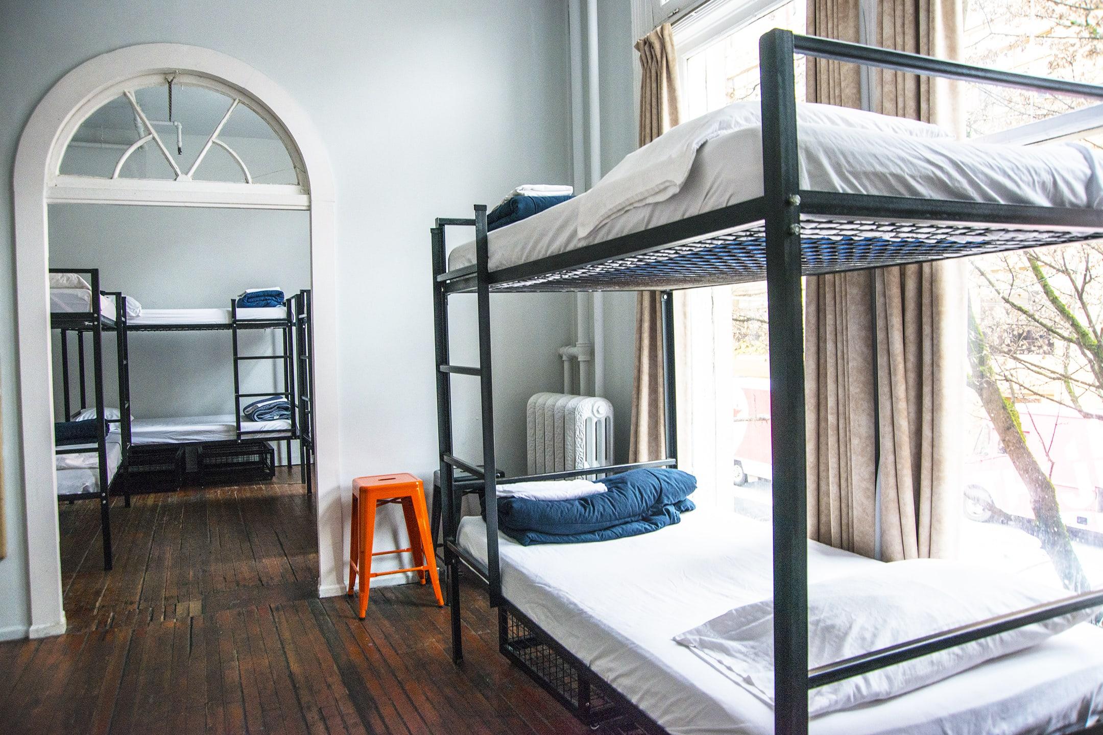 Cambie Hostel - Gastown