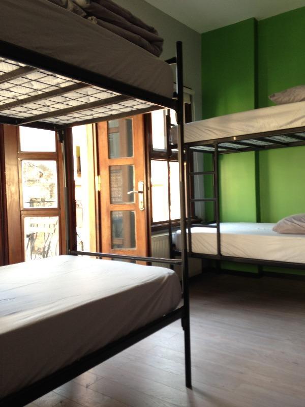 HOSTEL - The Hub Hostel