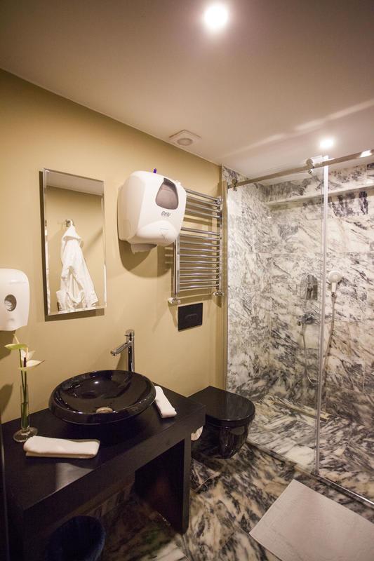HOSTEL - Juliet Rooms & Kitchen