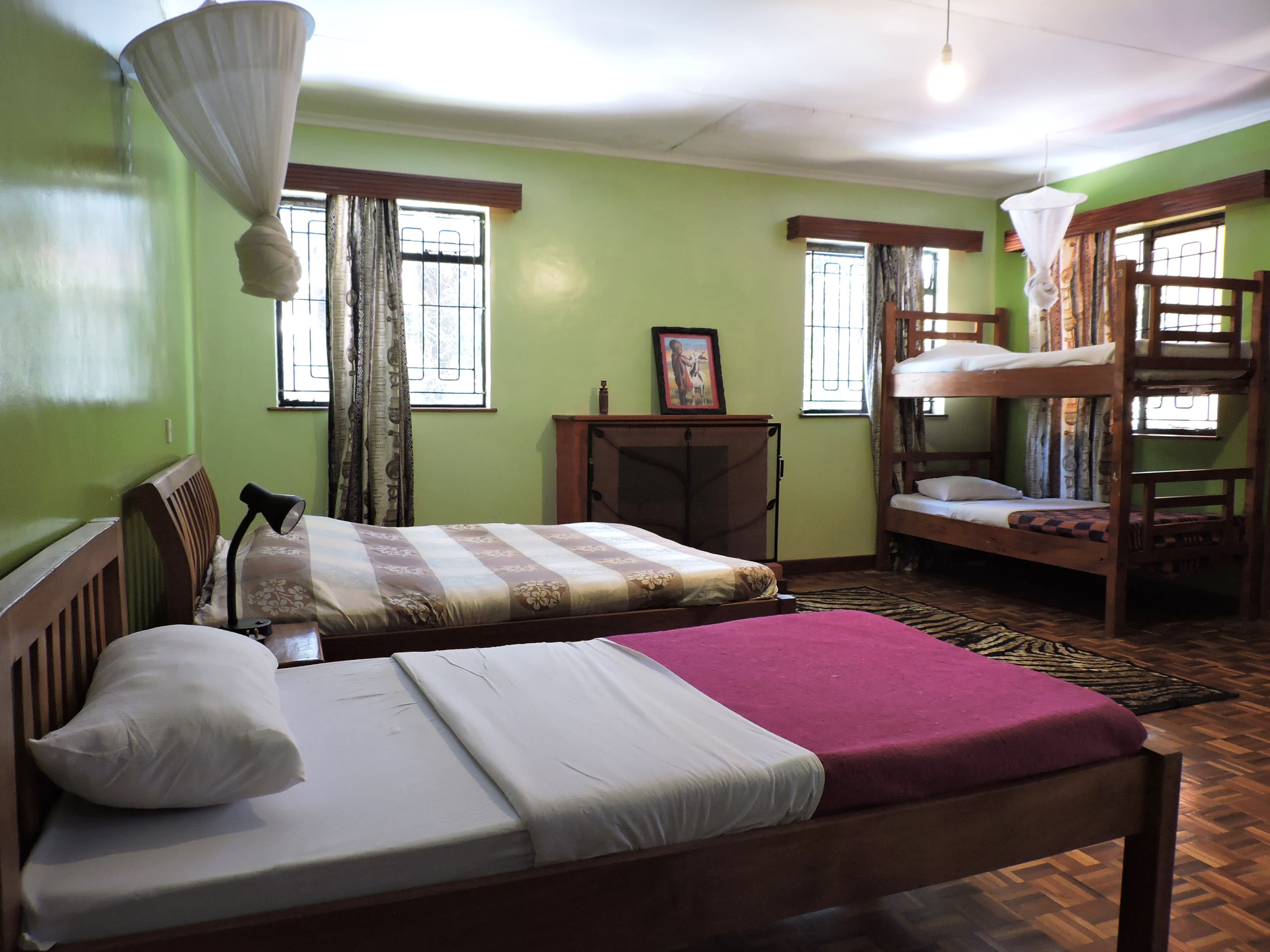 HOSTEL - Milimani Backpackers & Safari Centre Ltd