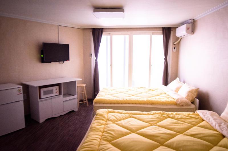 HOSTEL - YaKorea Hostel Hongdae
