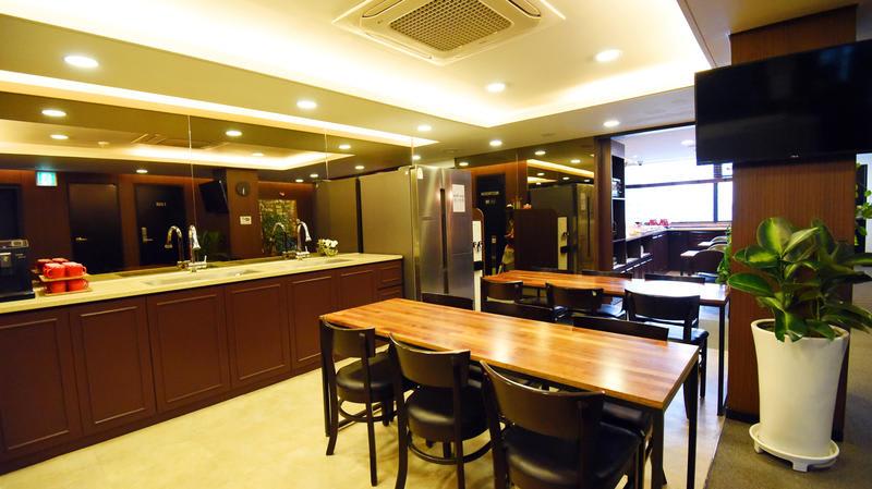 HOSTEL - 57 Myeongdong Hostel