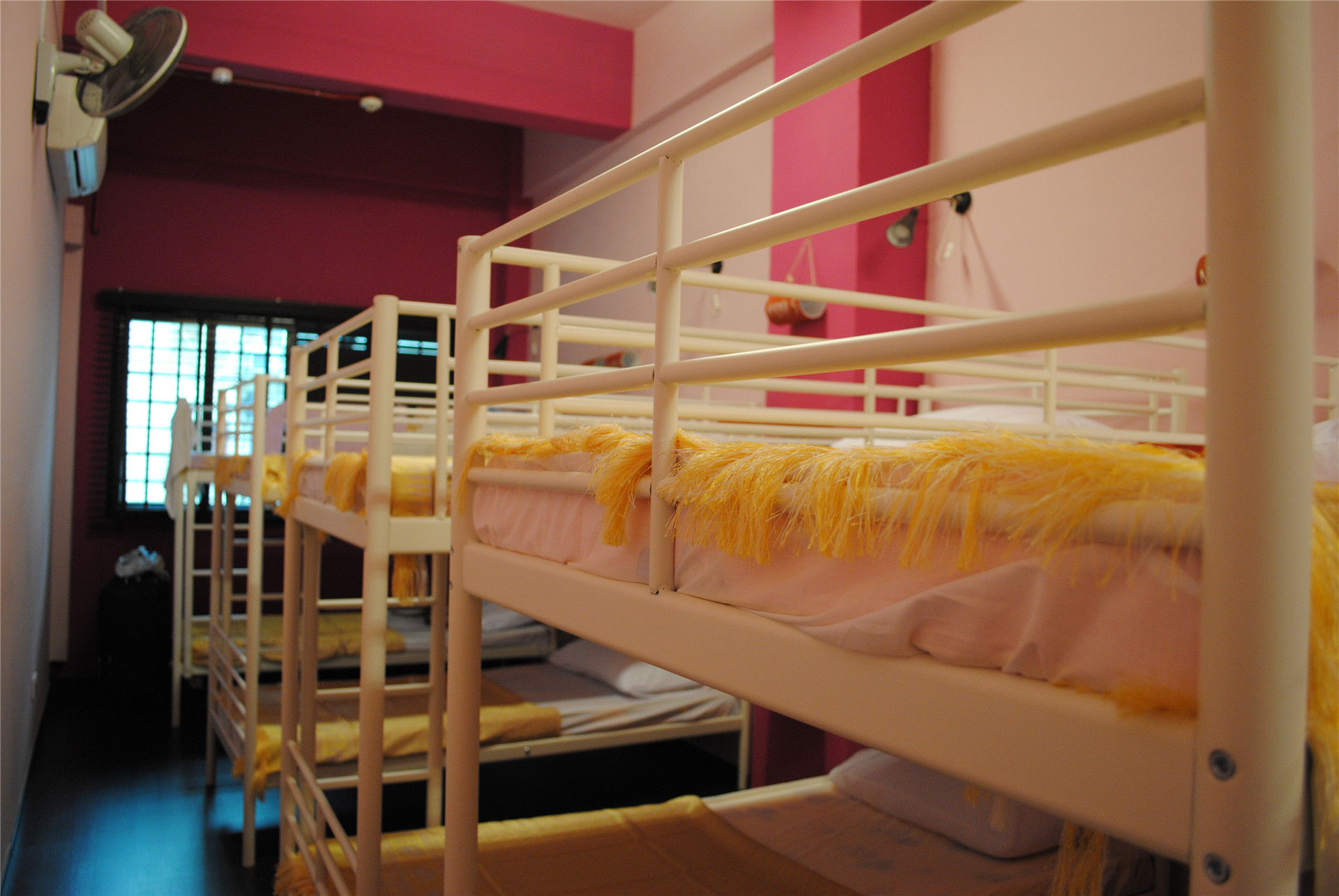 Beds and Dreams Inn @ Clarke Quay