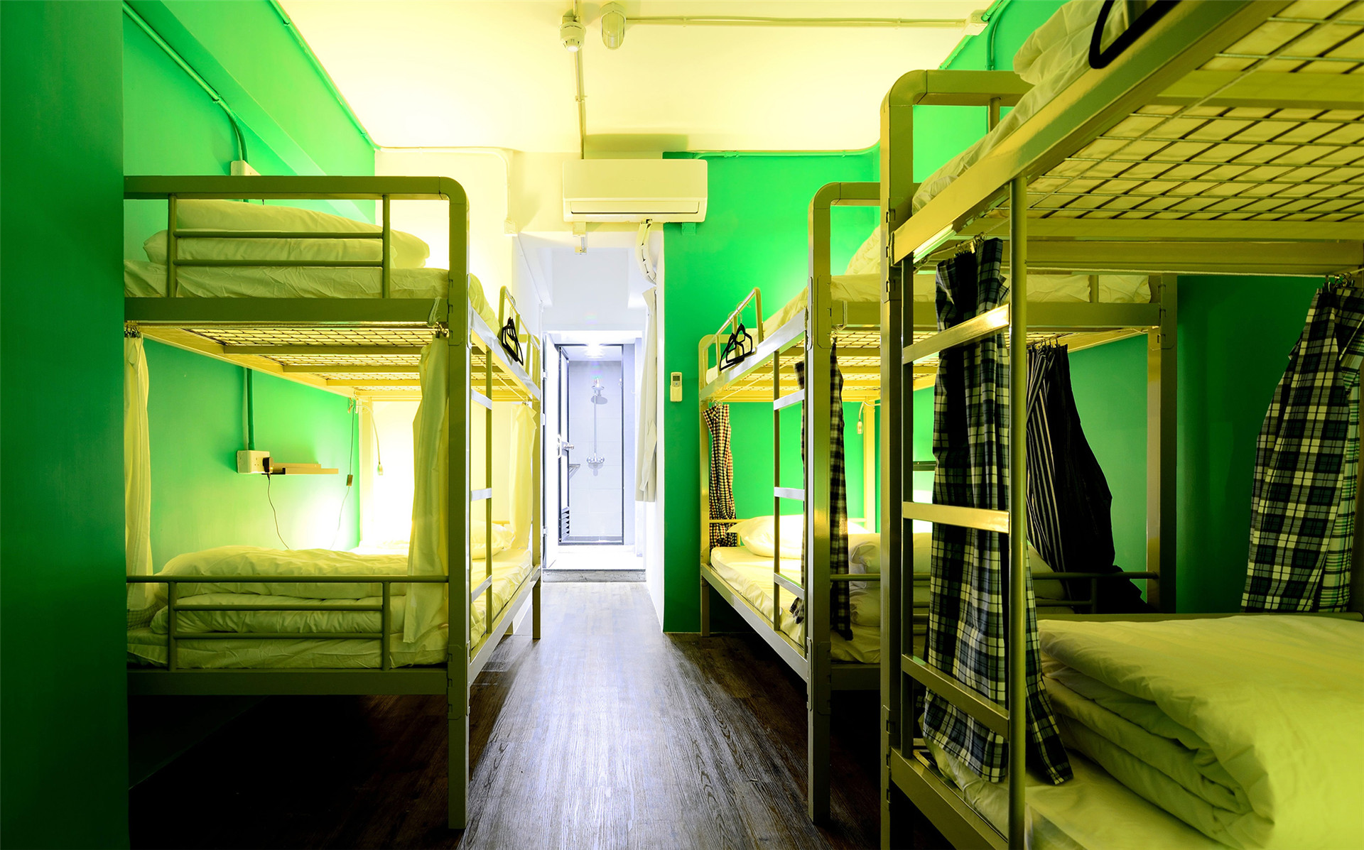HOSTEL - Hop Inn on Mody