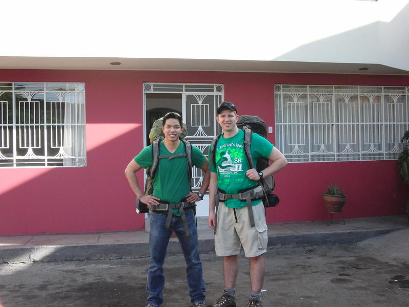 HOSTEL - Hostal Victor - Airport Hostel