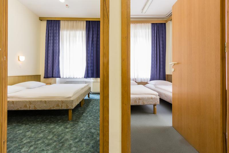 Youth Hostel Uni Hotel