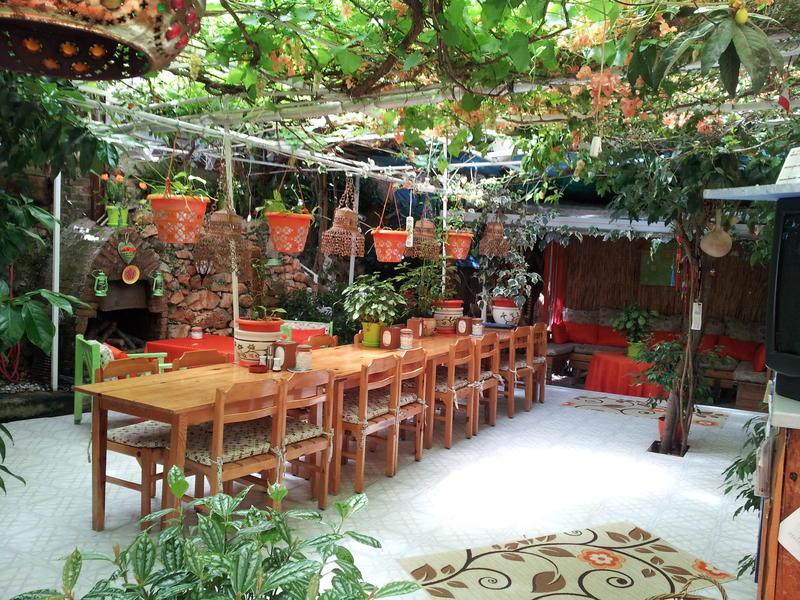 Ferah Pension/Monica's Place