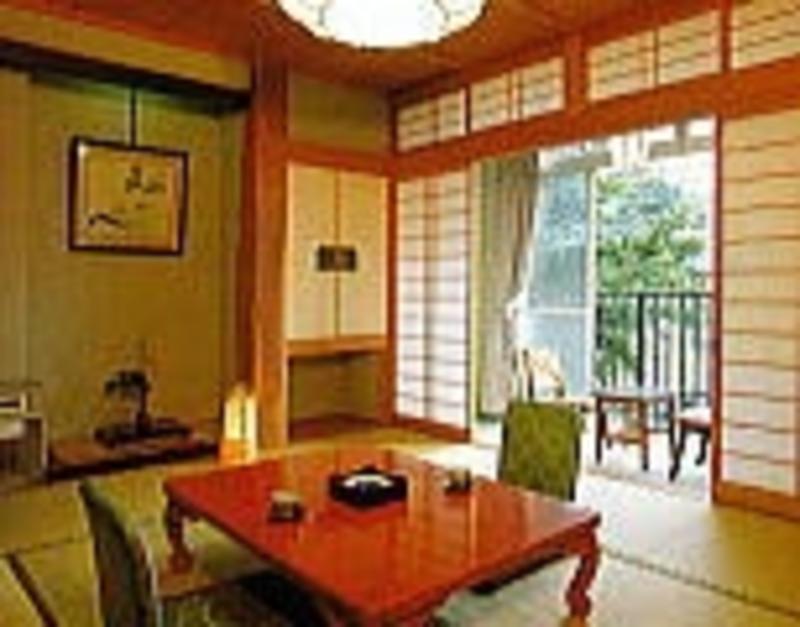 Nagano Yudanaka Shimaya