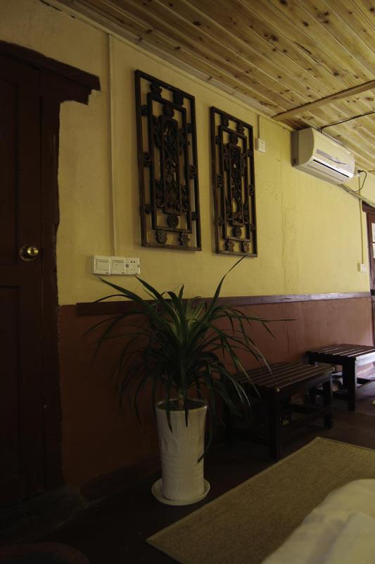 Yangshuo Outside Inn