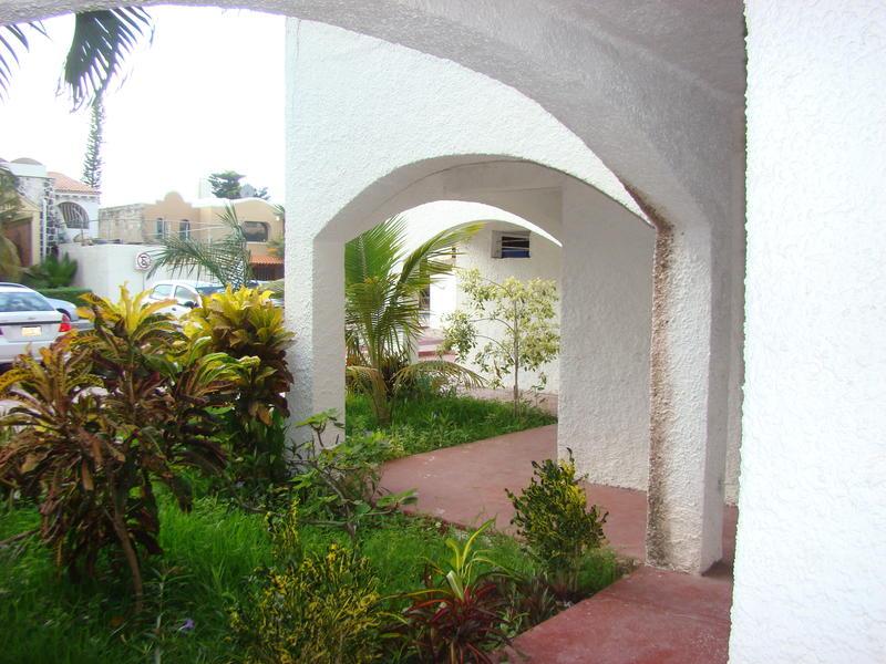 Green 16 Hostel