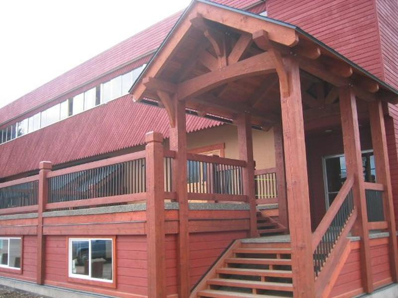 The Raging Elk International Hostel Fernie