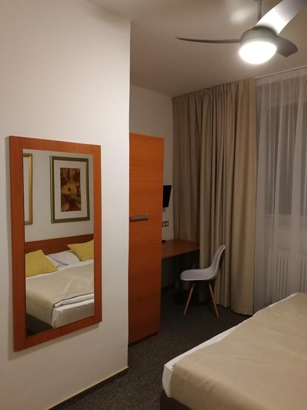 Hostel Akát