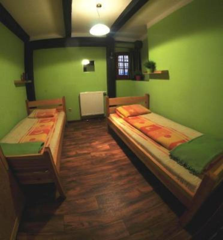 Orange Hostel - Old Town
