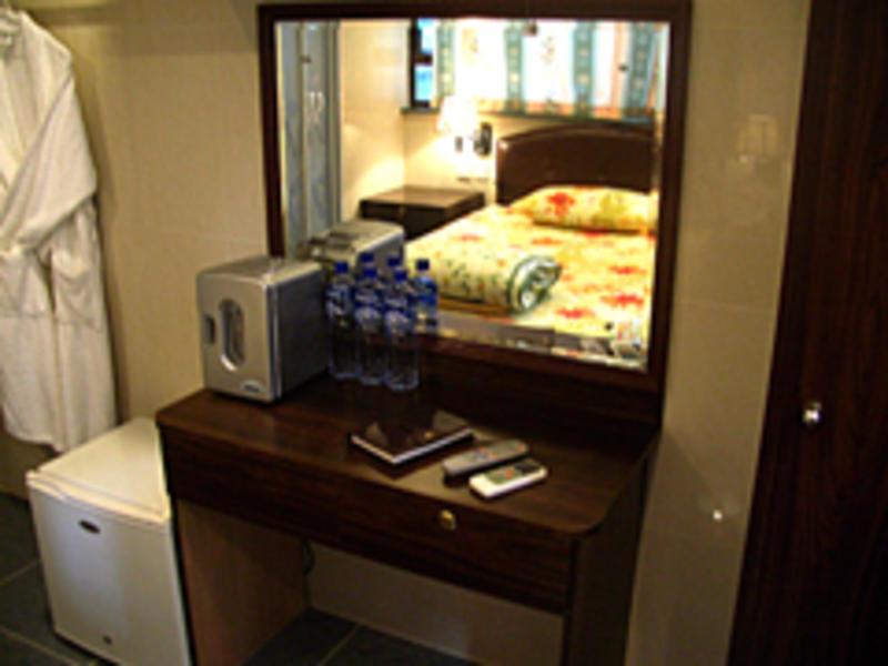 HOSTEL - TWH-Tai Wan Hotel Hong Kong