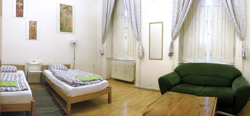 GUESTHOUSE - Prague-1
