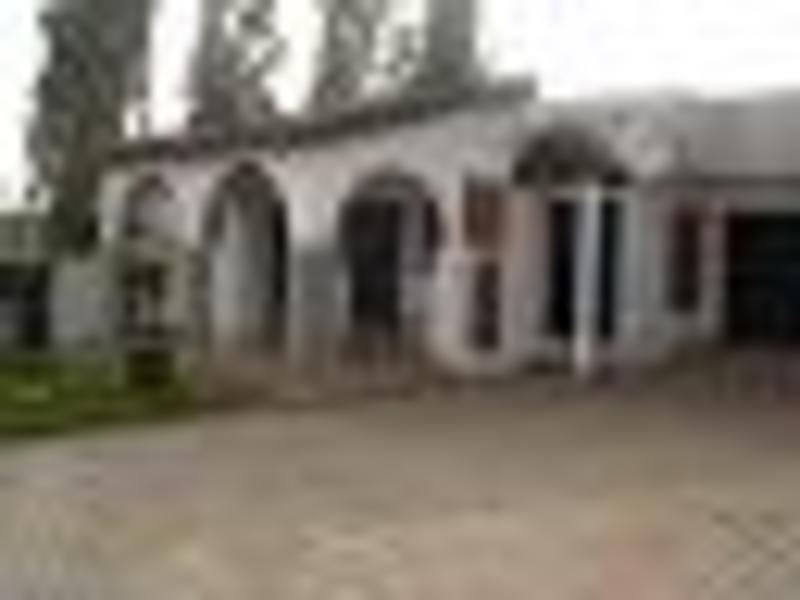 Travella Lodge