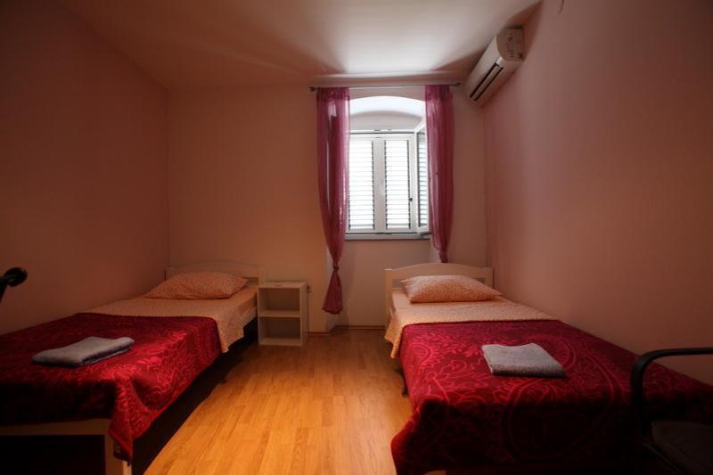 Hostel D&D