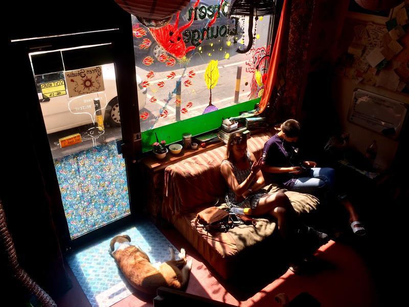 HOSTEL - Green Studio