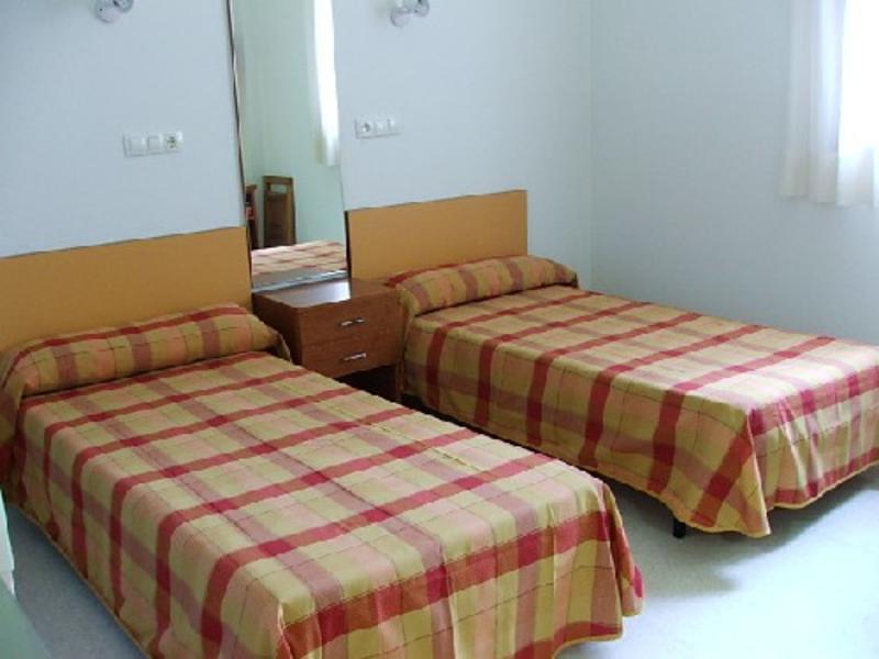 HOSTEL - Residencia Fernando Villaln