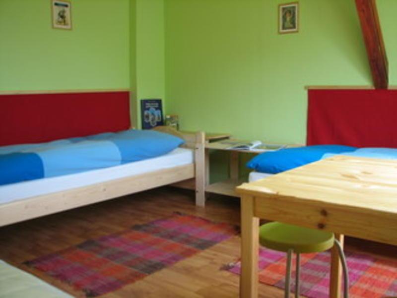 HOSTEL - 7x24 Central Hostel
