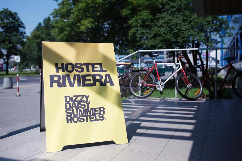 Dizzy Daisy Hostel Riviera