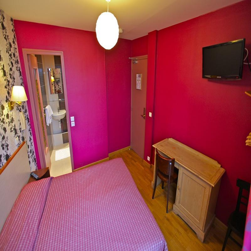 Caulaincourt Boutique Hostel