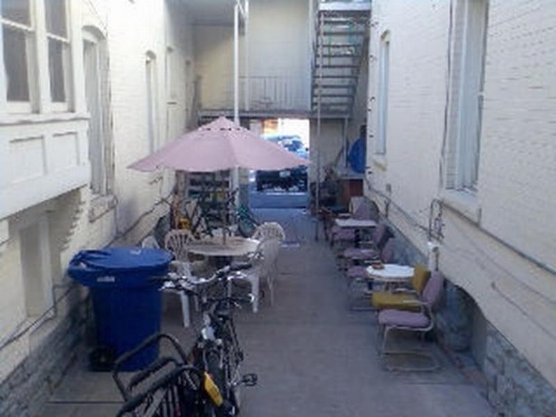 Avenues Hostel