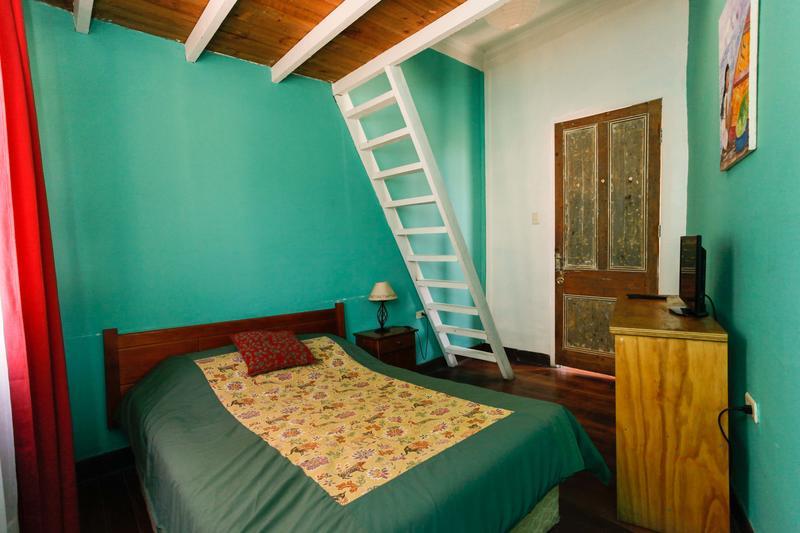 HOSTEL - Casa Verde Limon