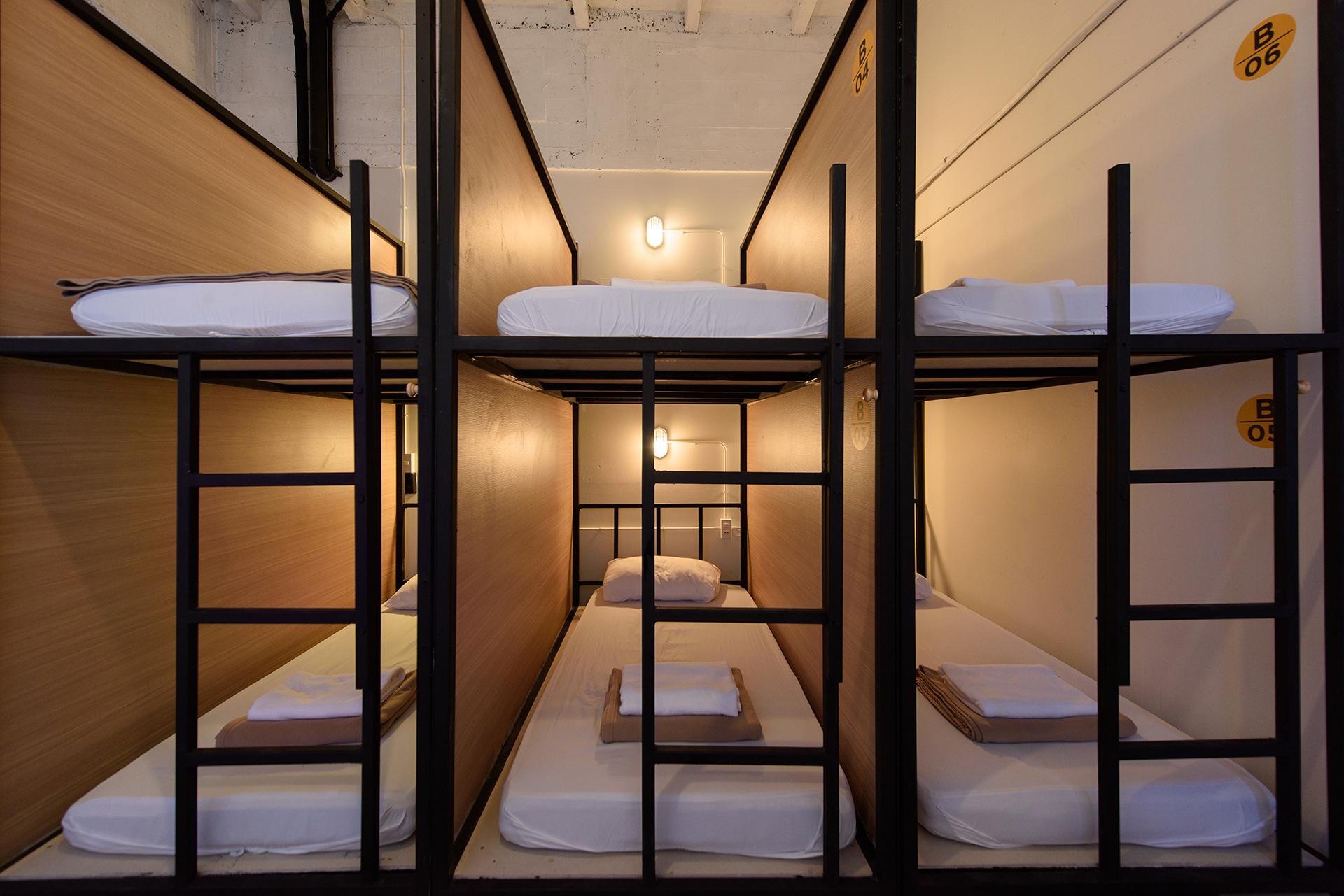 Warm White Hostel