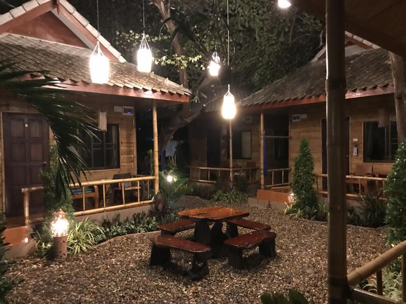 HOSTEL - Jaidee Bamboo Huts