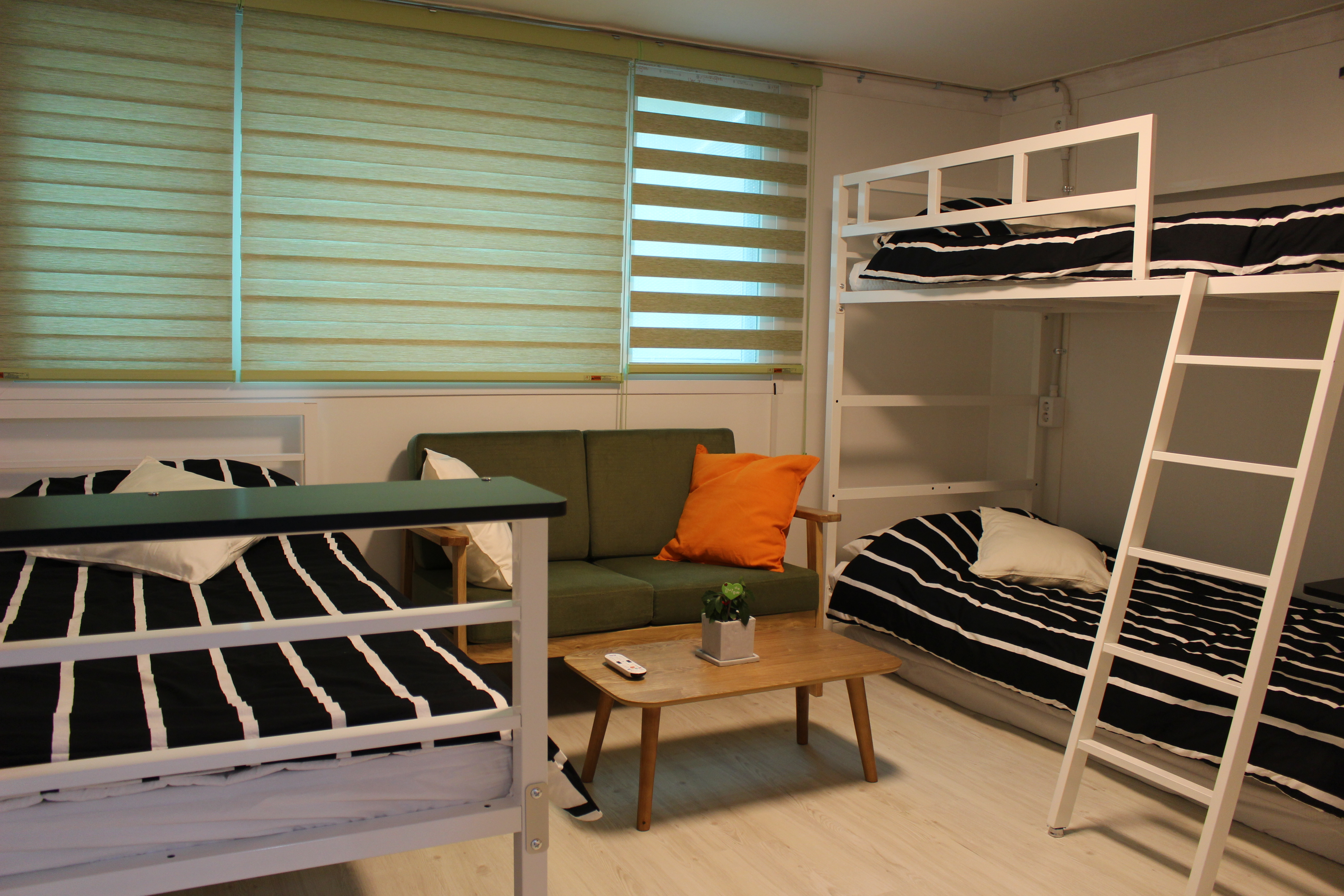 HOSTEL - Bunk Guest House