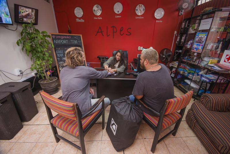 HOSTEL - Alpes Lima