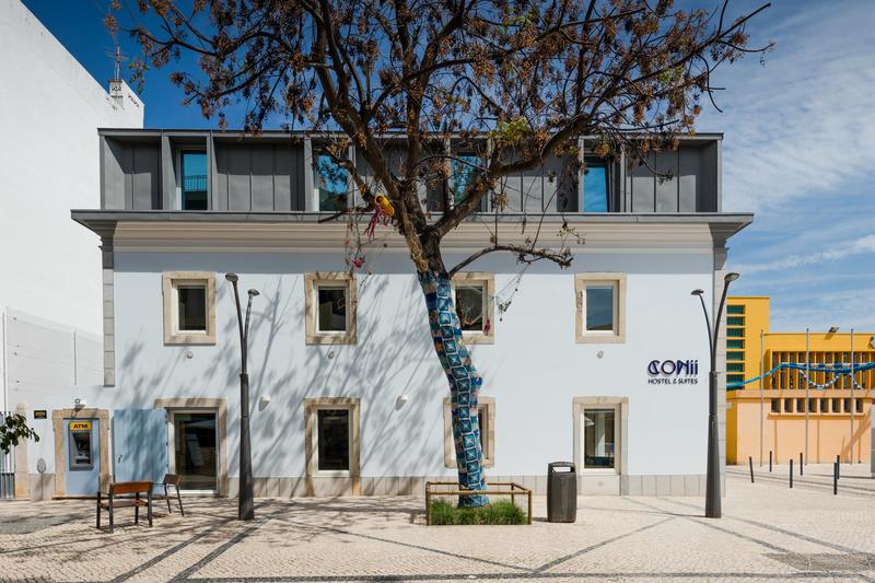 Conii Hostel & Suites Algarve