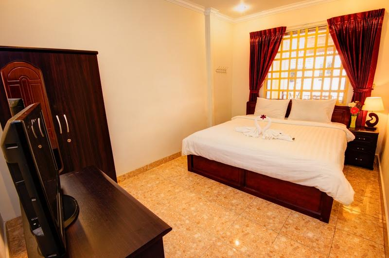 B52 Hostel