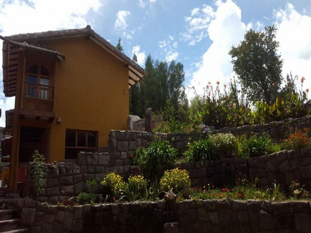 Flying Dog Hostels Urubamba