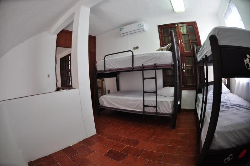 Granada 6