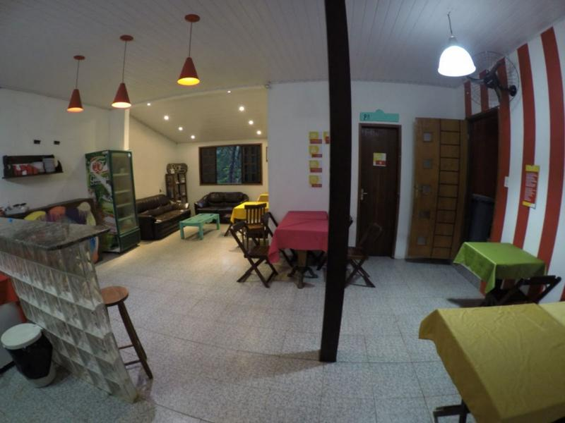 Beach House Ilha Grande Hostel