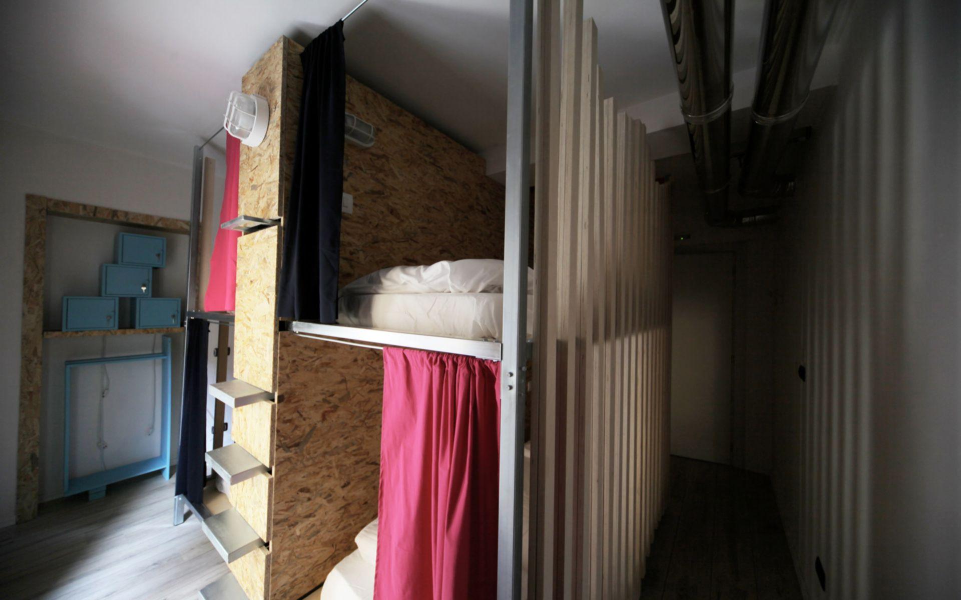 Dopa Hostel
