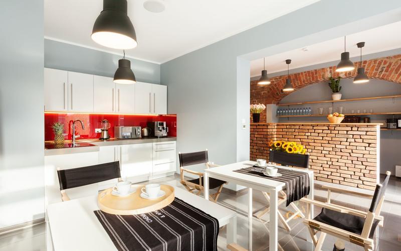 Cinema Hostel & Apartments
