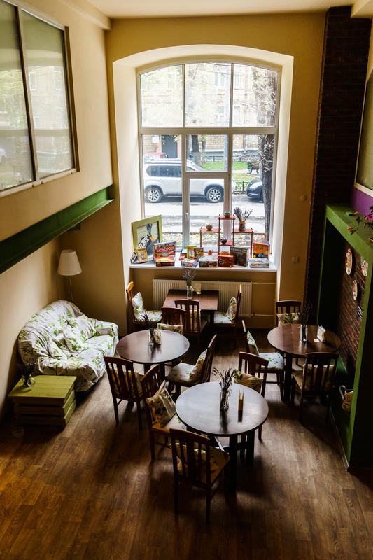 Croissant Hotel & Bakery