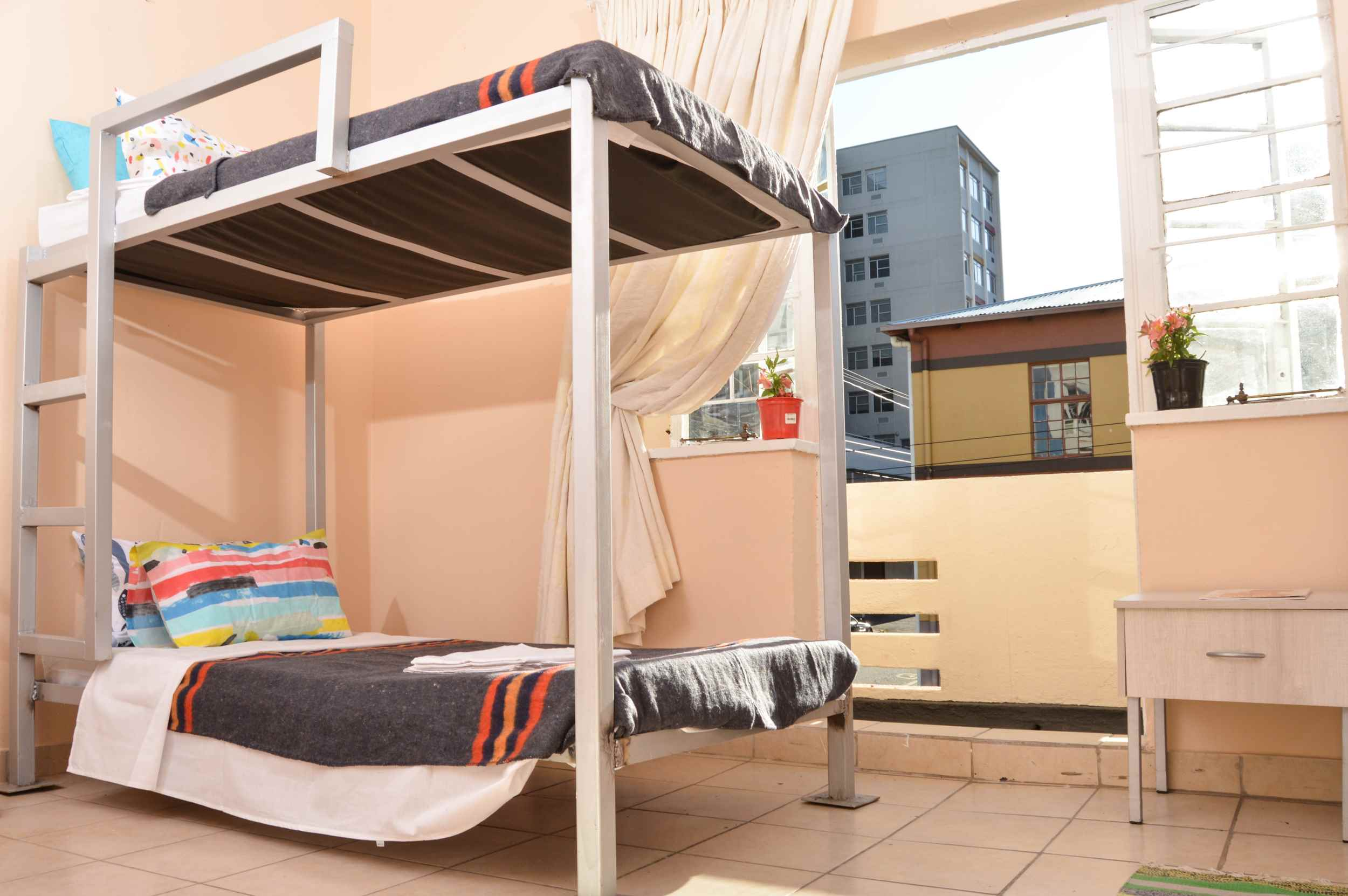 HOSTEL - Urban BackPackers