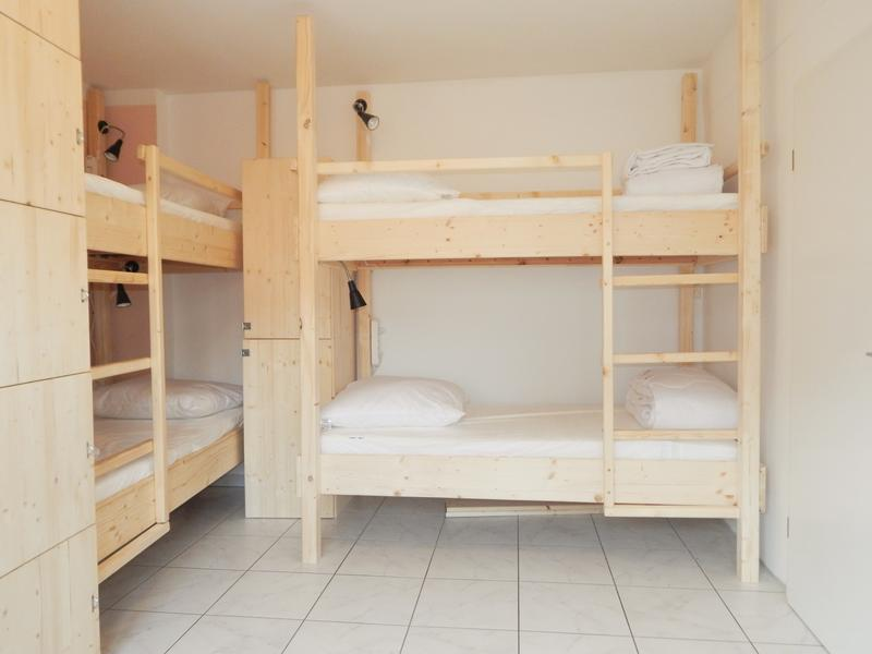 Microverse Hostel