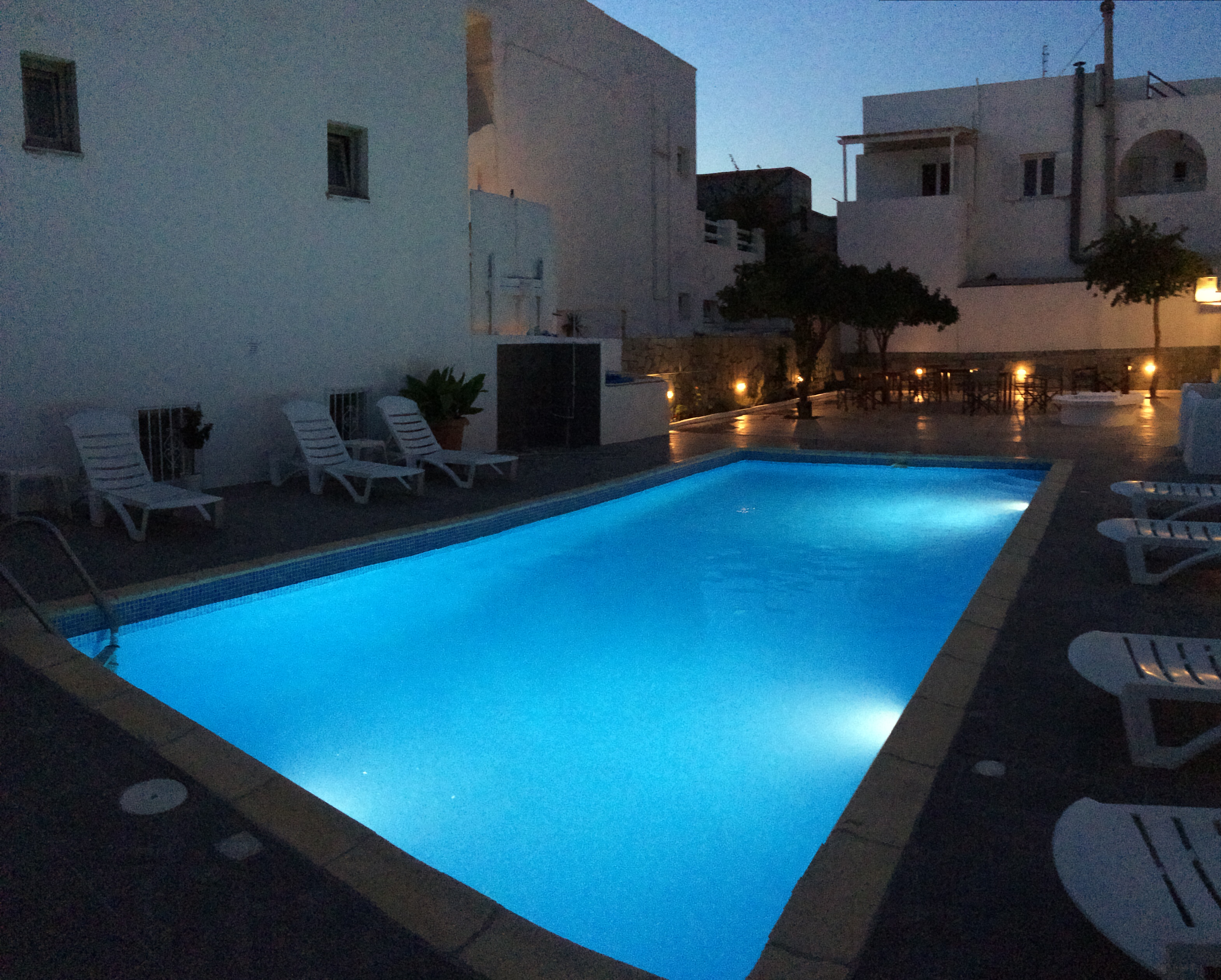 Paros Backpackers