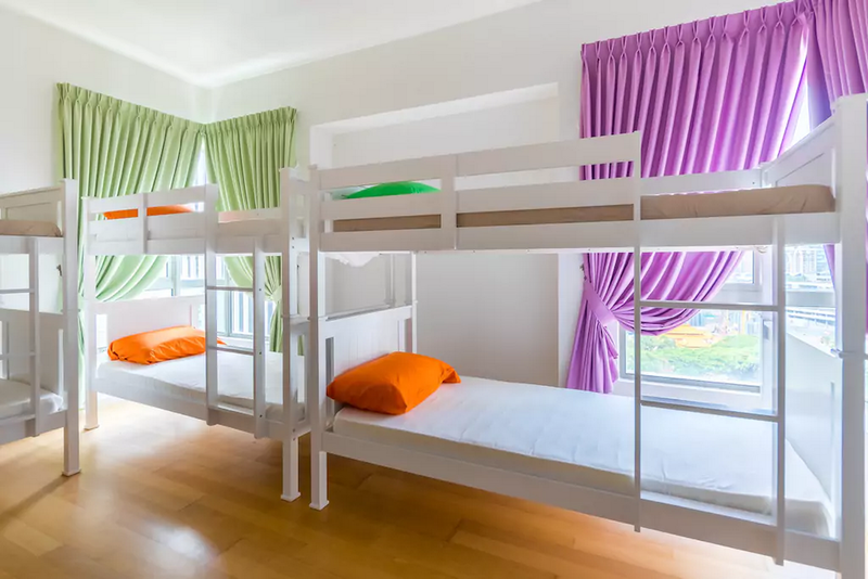 2Hampshire Hostel by Tizzel