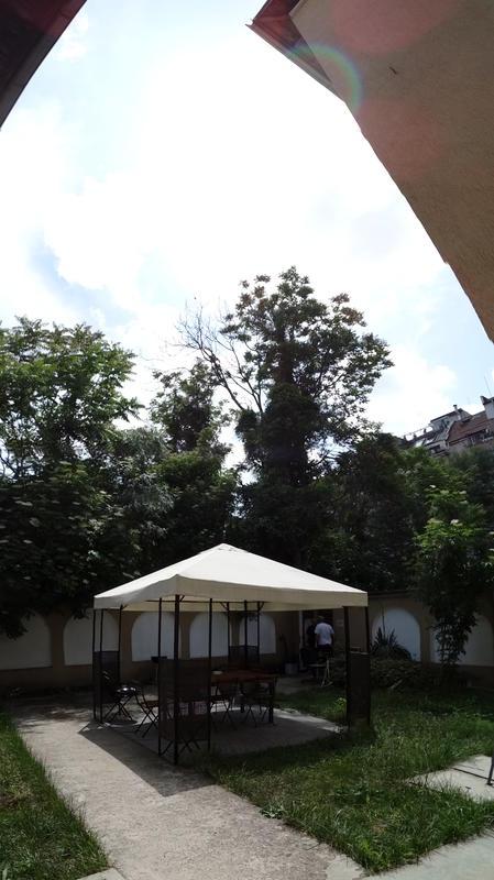 Hostel 123