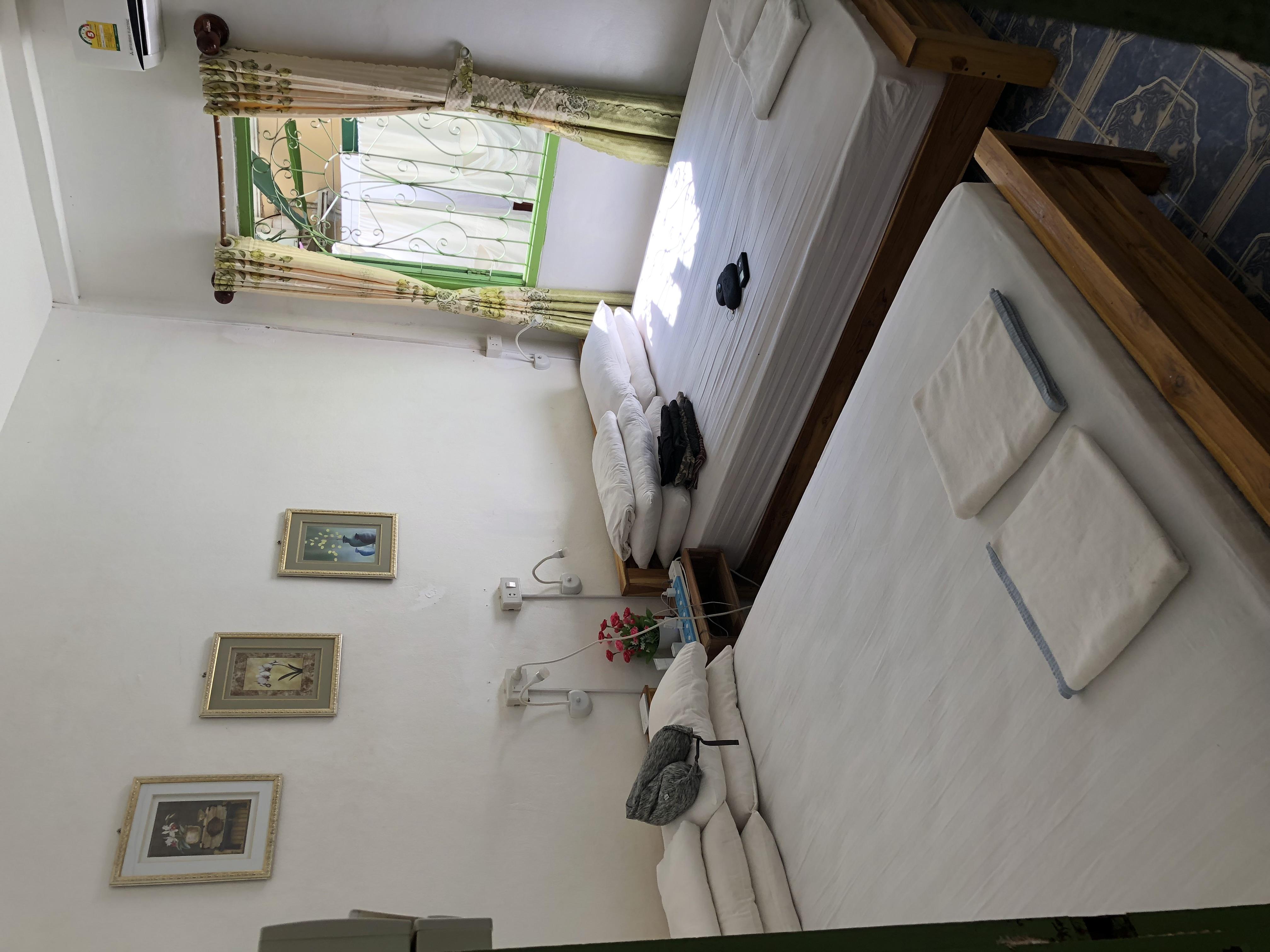 HOSTEL - ThaViSouk Family Home