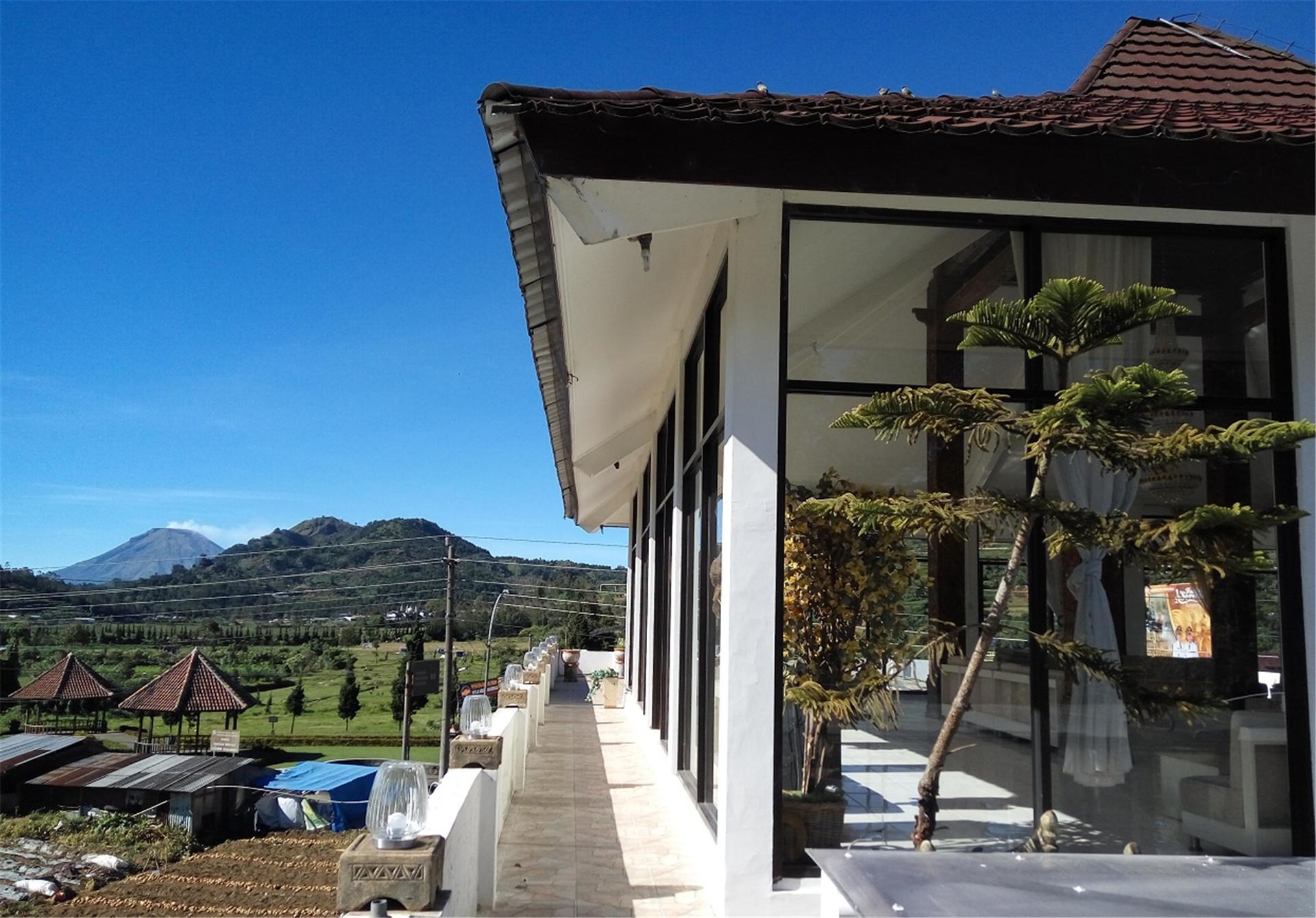 Tani Jiwo Hostel
