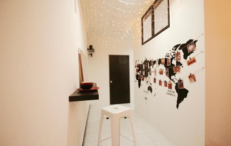 HOSTEL - A Little Bit of Kuala Lumpur (Private Room)