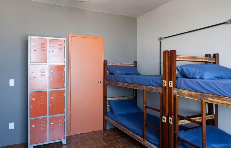 Abraco Carioca Favela Hostel